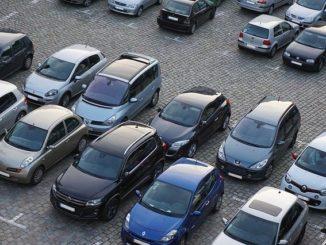Öffentliche Parkplätze in Schsarbeutz